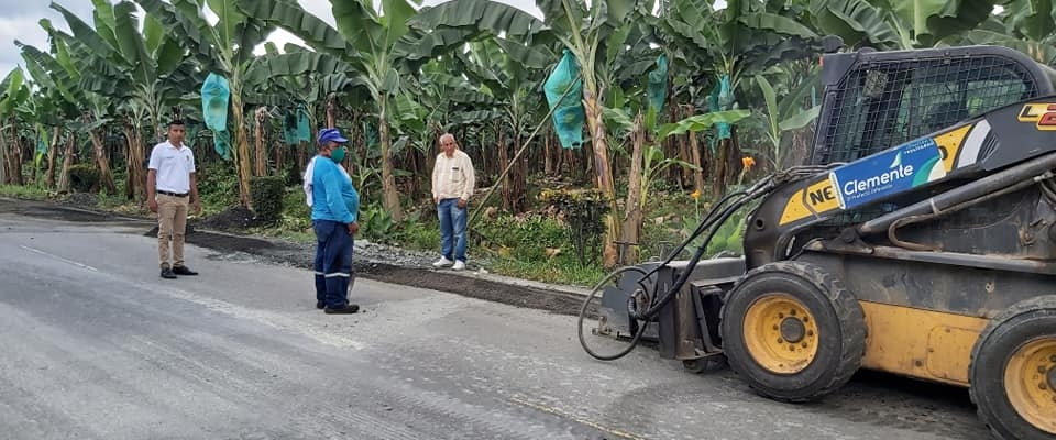 SE PROCEDIO A REALIZAR EL REBACHEO DESDE LA ENTRADA DE BRASIL HASTA EL PUEBLO